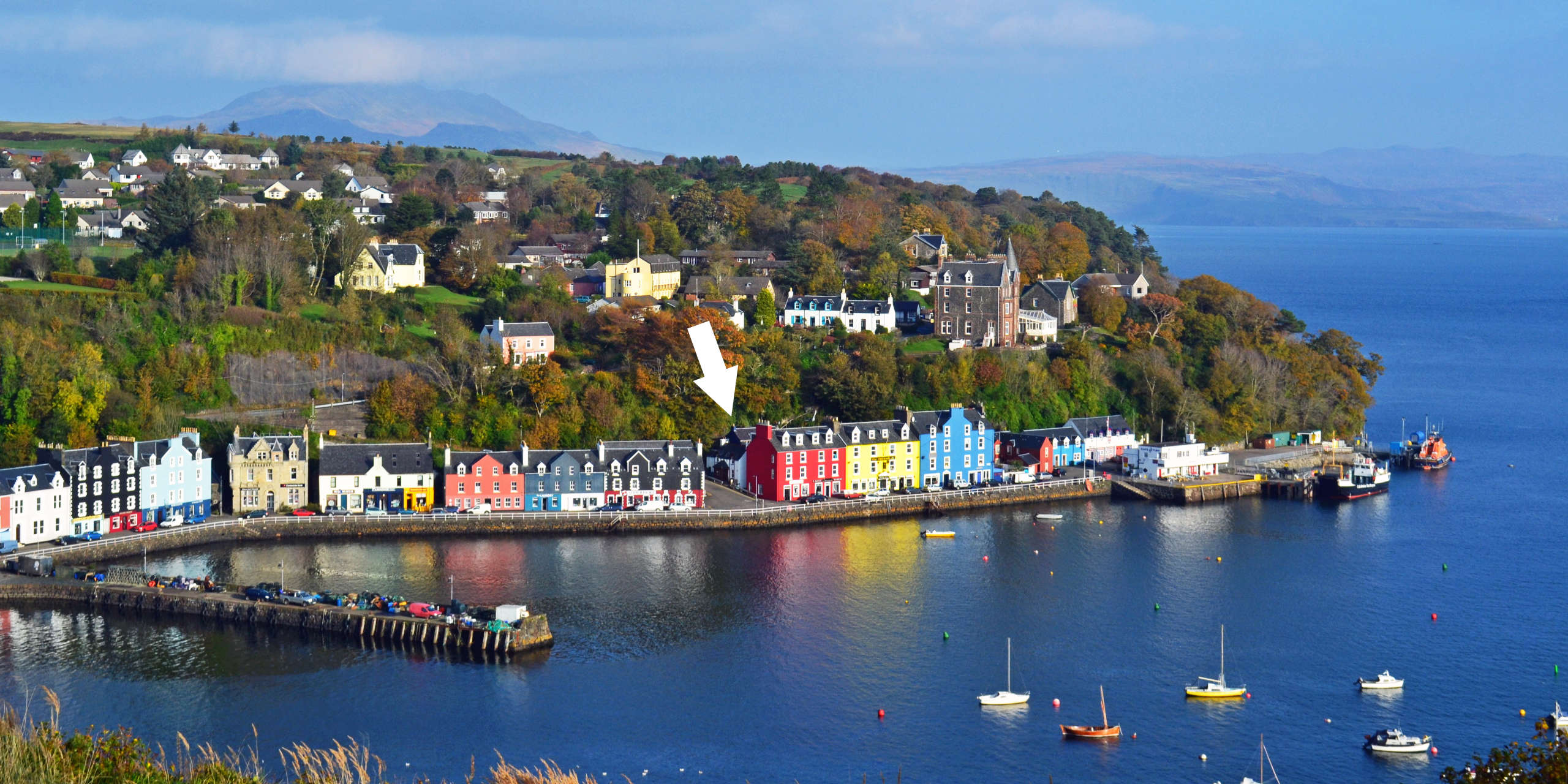 Back Brae Lodge location in Tobermory town
