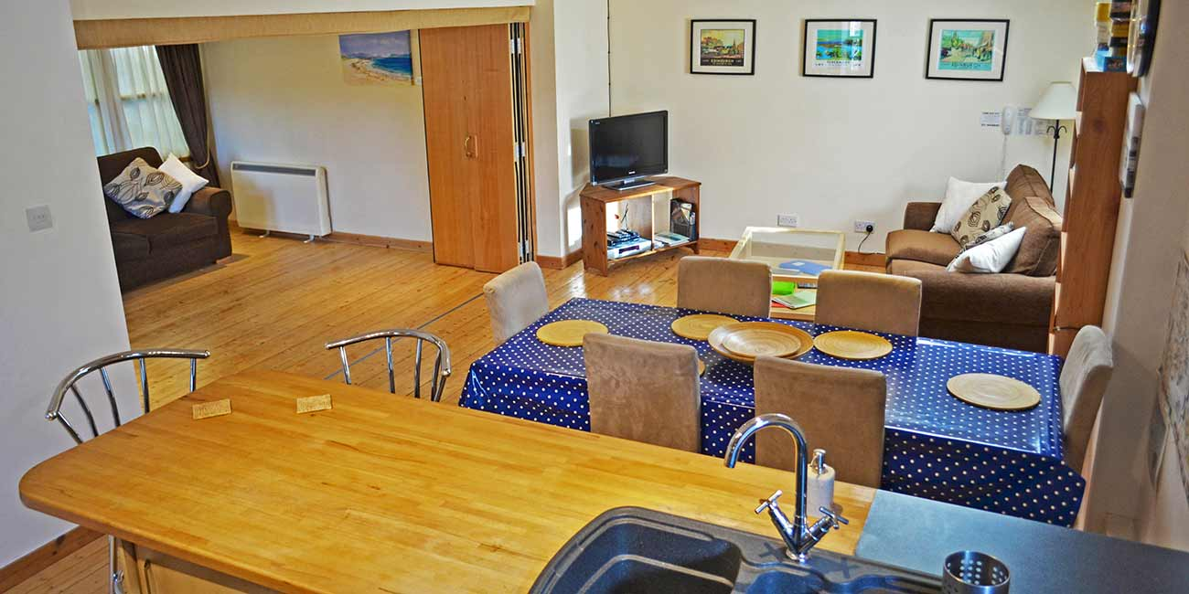 interior open plan upper floor of Back Brae Lodge, Tobermory